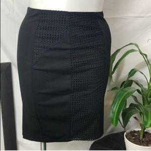 Guess Women's Pencil Skirt Size Large Black